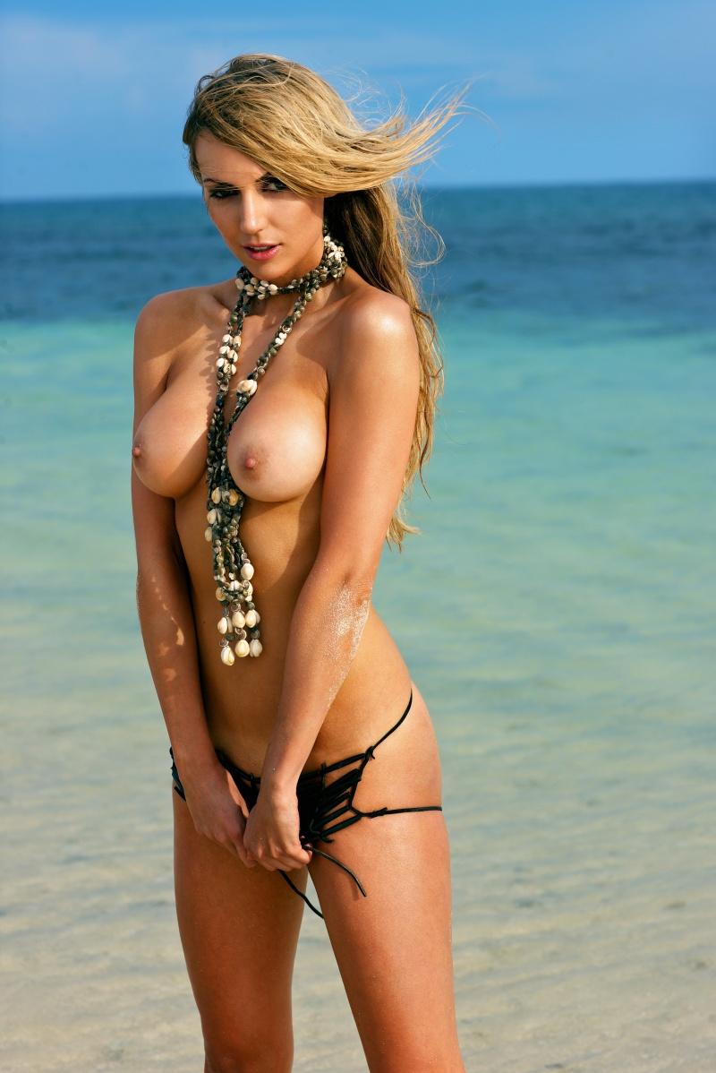 Фото самых красивых девушек голые 12 фотография